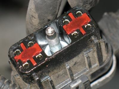Plug on 2001 Dodge Dakota P0700